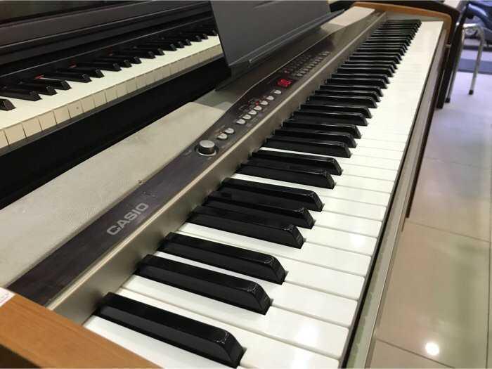 Piano Casio PX5002