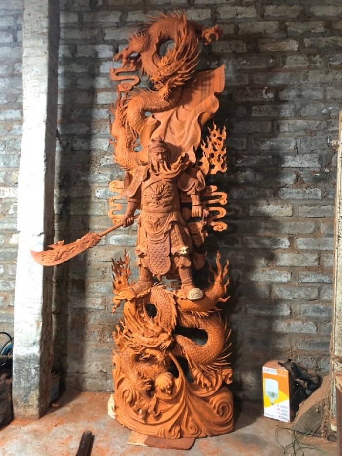 Tượng gỗ Quan Vân Trường 2