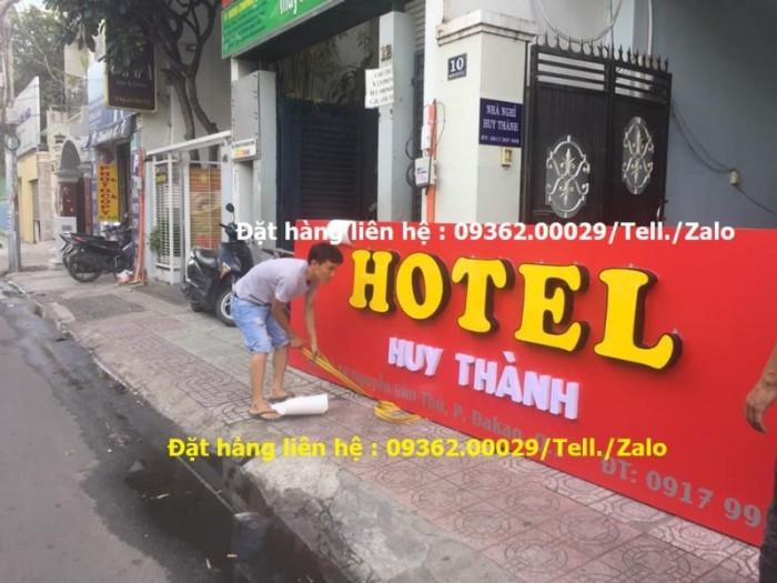 Các sản phẩm biển quảng cáo lắp đặt tại Hà Nội12