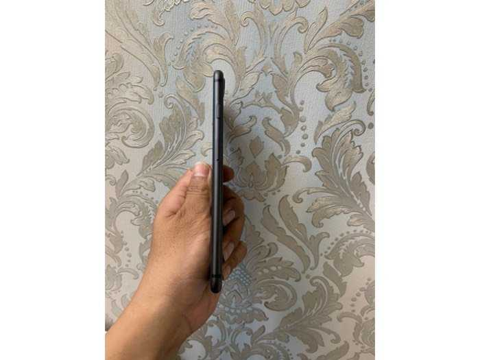 iphone 8plus 64gb mới khoảng 98%2