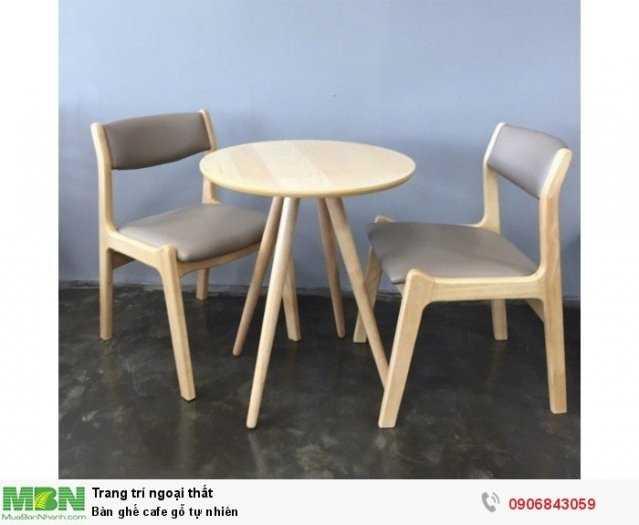 Bàn ghế cafe gỗ tự nhiên1