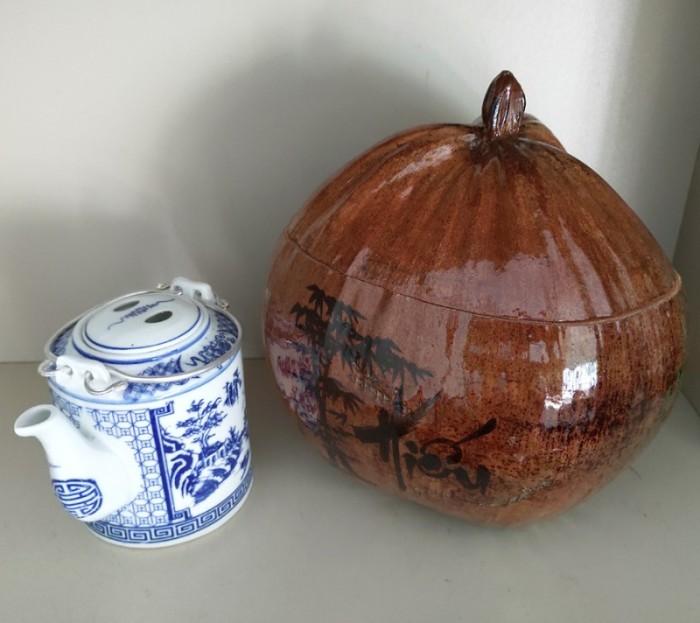 Combo Vỏ + bình trà trái dừa hoa văn chữ: An-Tâm-Nhẫn-Phát-Hiếu0