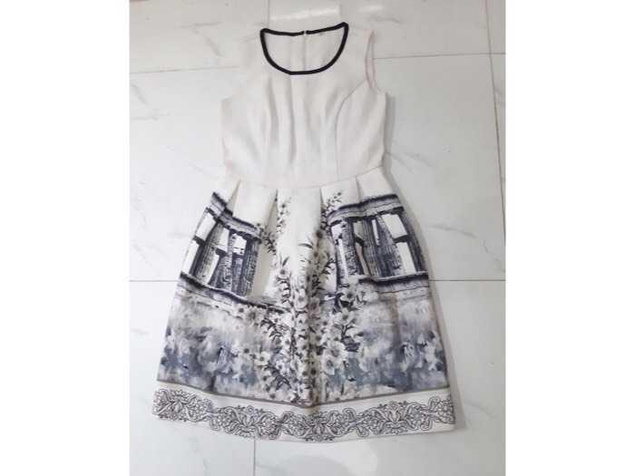 Sale váy0