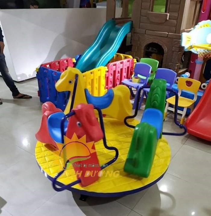 Chuyên cung cấp trò chơi đu quay trẻ em cho trường mầm non giá rẻ, chất lượng cao7