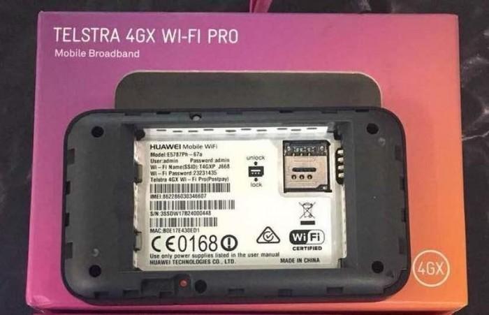 Bộ phát Wifi 4G Huawei E5787Ph tốc độ 300Mbps. Hàng cao cấp Telstra Úc - Pin 3000mAh0