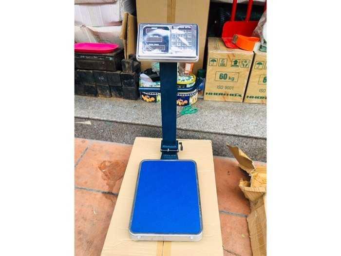 Thanh lý cân điện tử chống nước 150kg3