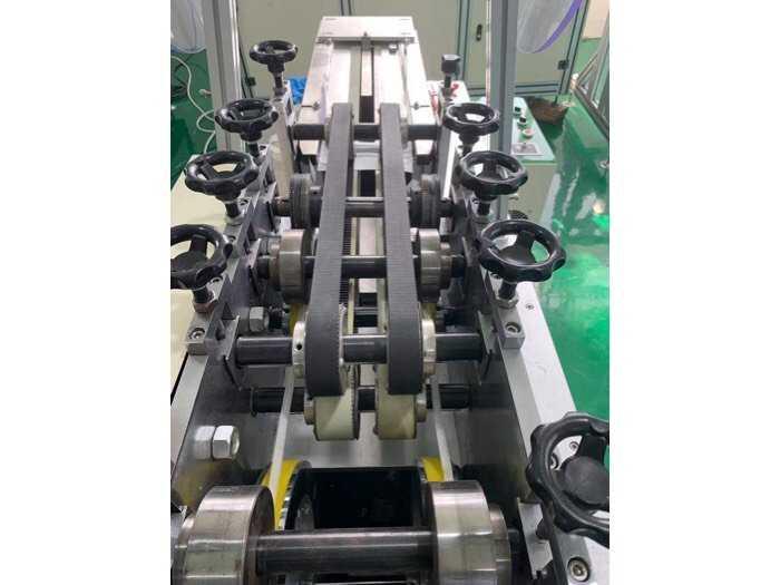 Máy sản xuất khẩu trang3