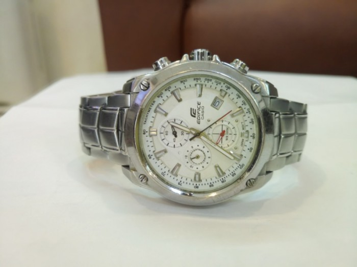 Đồng hồ Casio Edifice 6 kim .0