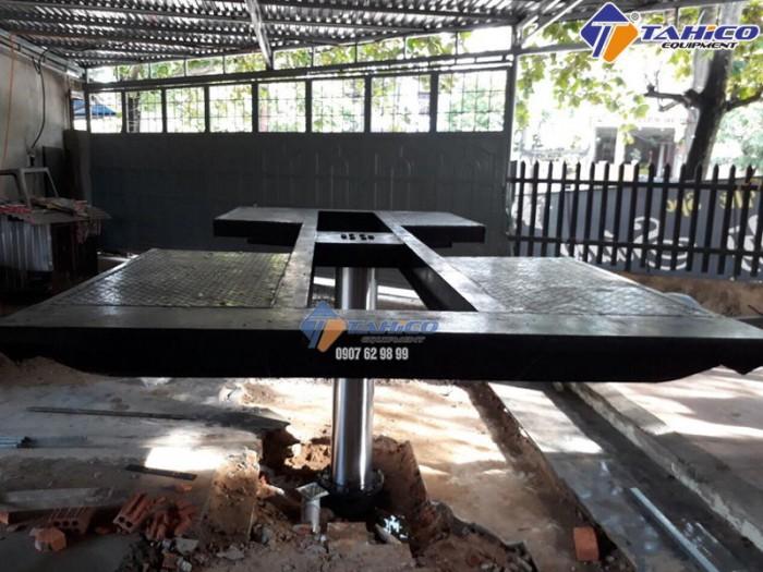 Cầu nâng 1 trụ rửa xe ô tô ấn độ lắp âm nền kiểu chữ i - tahico1