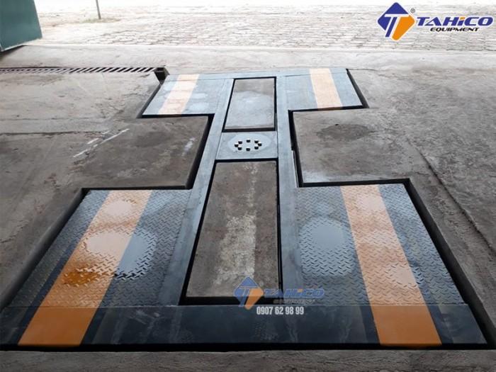 Cầu nâng 1 trụ rửa xe ô tô ấn độ lắp âm nền kiểu chữ i - tahico3
