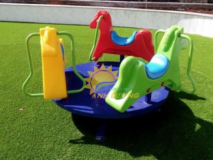 Chuyên cung cấp trò chơi đu quay dành cho trẻ em mầm non5