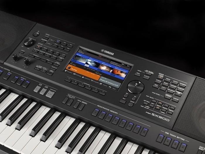 Organ Yamaha SX9002