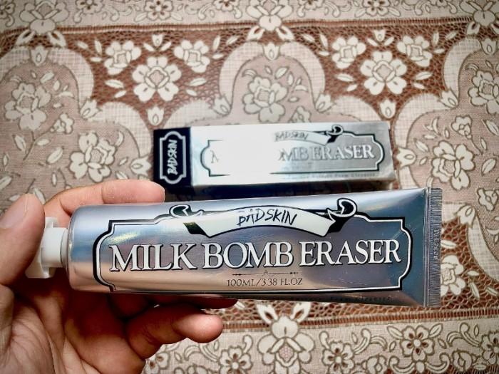 Sữa rửa mặt Bad Skin Milk Bomb Eraser1