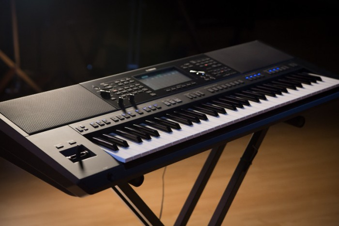 Mặt trước Đàn Organ YAMAHA PSR - SX700 New Full Box - Khát Vọng Music1