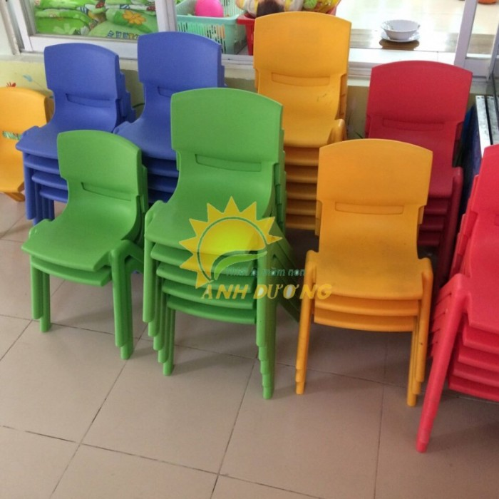 Chuyên cung cấp ghế nhựa đúc chắc chắn dành cho trẻ em mầm non5