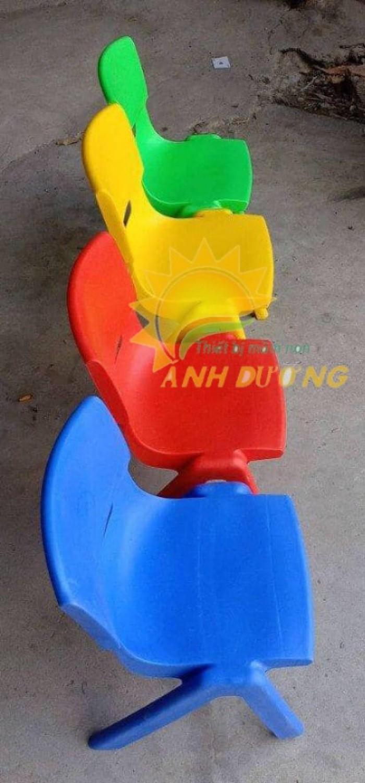 Chuyên cung cấp ghế nhựa đúc chắc chắn dành cho trẻ em mầm non6