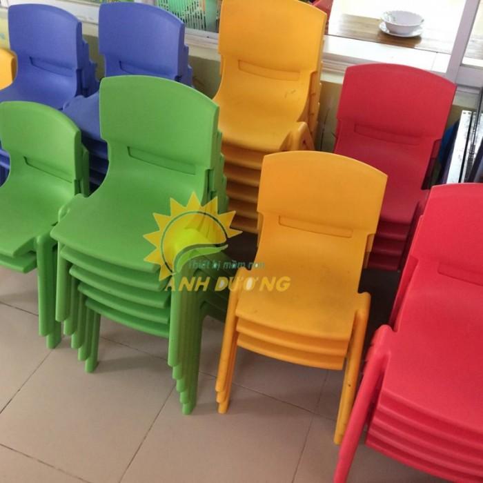 Chuyên cung cấp ghế nhựa đúc chắc chắn dành cho trẻ em mầm non3