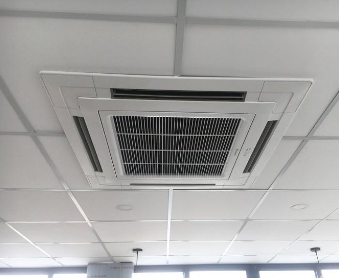 Máy Lạnh Âm Trần Daikin FCRN50FXV1V/RNV50BV1V -gas R410a0