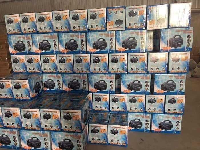 Máy rửa xe mini sách tay osaka 2400w1