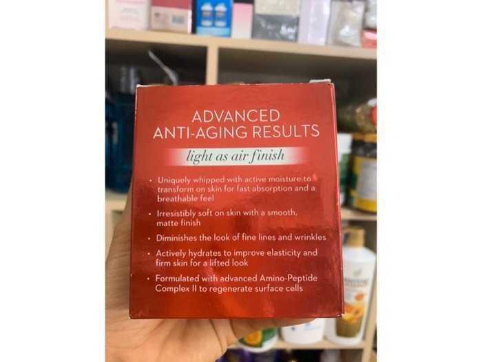 Kem dưỡng ẩm chống lão hóa Olay Regenerist Whip Active Moisturizer1