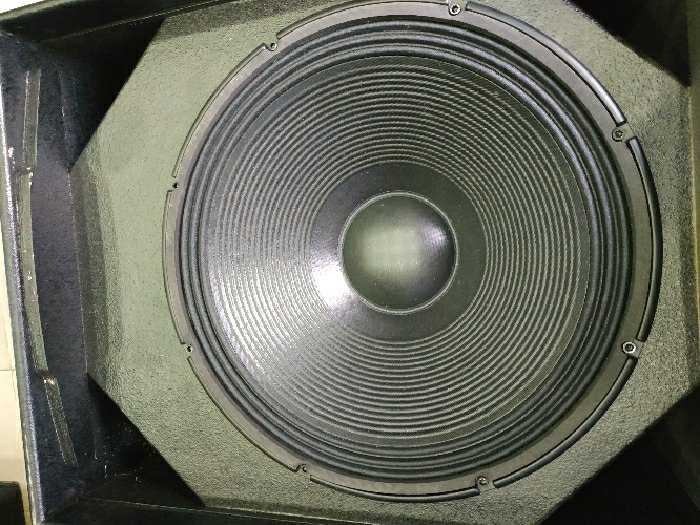 Sub RCF bass 50 neodymium bãi xịn italy2