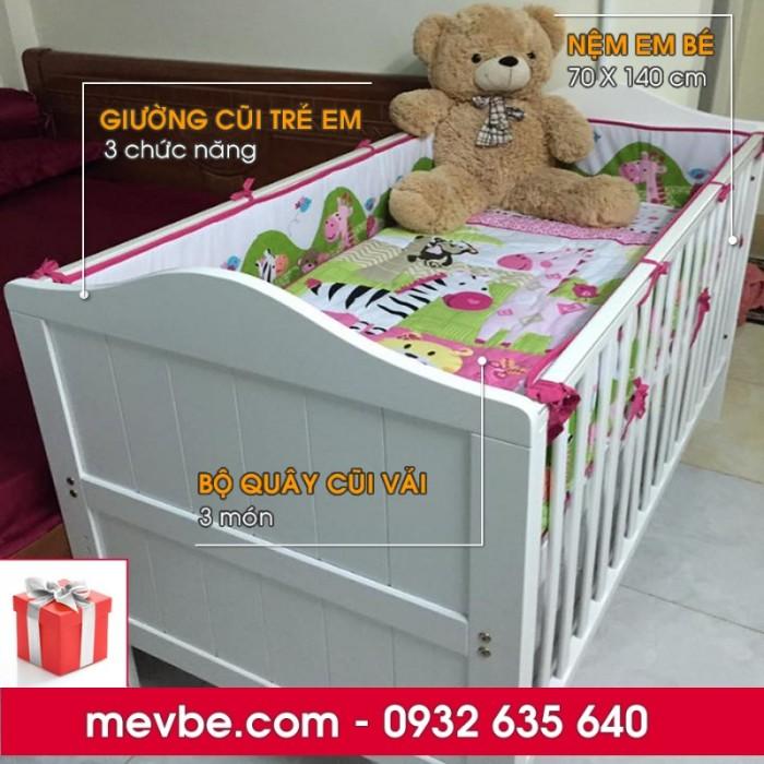 Cũi trẻ em Darling màu trắng gồm 3 chức năng sử dụng như dùng làm cũi em bé từ 0 đến 24 tháng, giường đơn trẻ em từ 18 tháng trở lên và ghế salon khi trẻ lớn 5 - 7 tuổi (tùy theo sự phát triển và thể trạng của từng bé)3