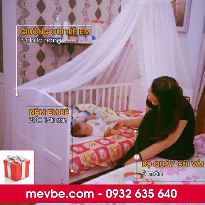 Cũi trẻ em Darling màu trắng gồm 3 chức năng sử dụng như dùng làm cũi em bé từ 0 đến 24 tháng, giường đơn trẻ em từ 18 tháng trở lên và ghế salon khi trẻ lớn 5 - 7 tuổi (tùy theo sự phát triển và thể trạng của từng bé)5