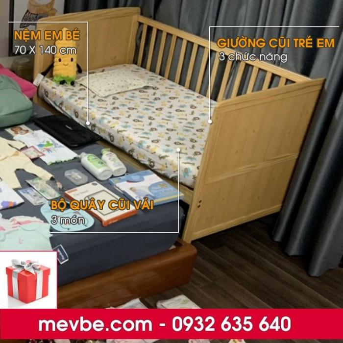 Cũi cho bé Marlow màu tự nhiên gồm 3 chức năng sử dụng như dùng làm cũi trẻ em từ 0 đến 24 tháng, giường cũi cho trẻ nhỏ từ 18 tháng trở lên và ghế salon khi trẻ lớn hơn (tùy theo sự phát triển và thể trạng của từng bé)0