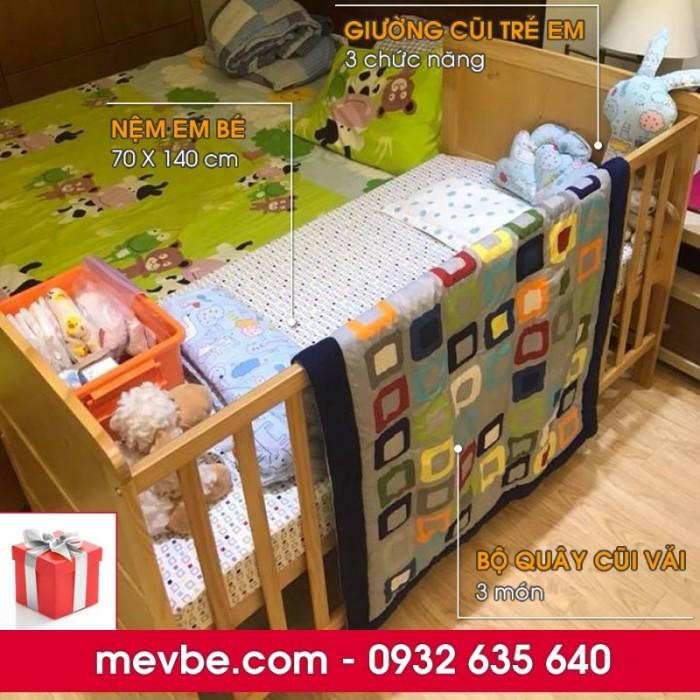 Cũi cho bé Marlow màu tự nhiên gồm 3 chức năng sử dụng như dùng làm cũi trẻ em từ 0 đến 24 tháng, giường cũi cho trẻ nhỏ từ 18 tháng trở lên và ghế salon khi trẻ lớn hơn (tùy theo sự phát triển và thể trạng của từng bé)2