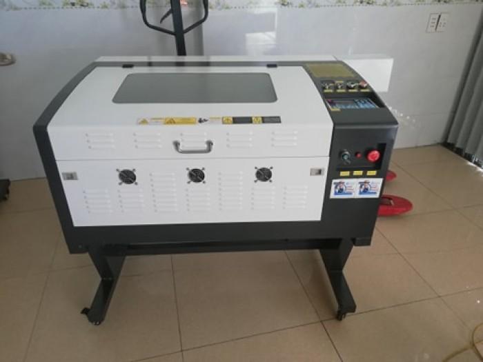 Máy laser 6040 dùng main rd điều khiển trực tiếp trên máy tiện dụng0
