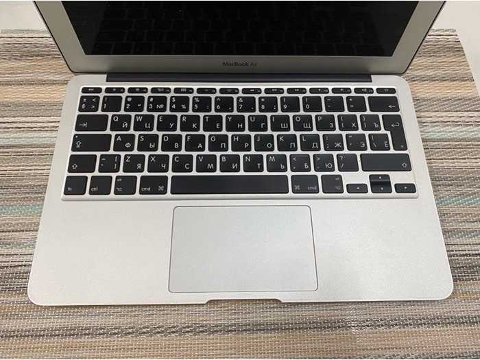 Macbook Air 11 2014 i5 4gb 128gb như mới nguyên zin0