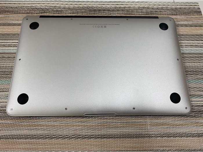 Macbook Air 11 2014 i5 4gb 128gb như mới nguyên zin2