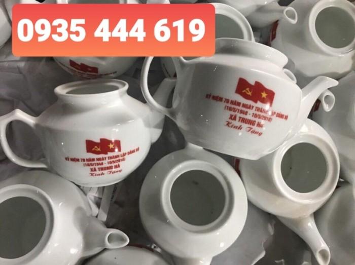 Xưởng sản xuất ấm trà in logo Đại Hội Đảng giá rẻ tại Quảng Bình1