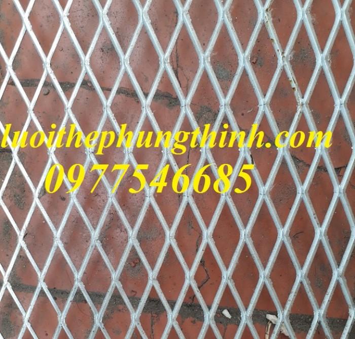 Lưới hình trám, lưới thép dập giãn, lưới thép hình thoi hàng có sẵn2