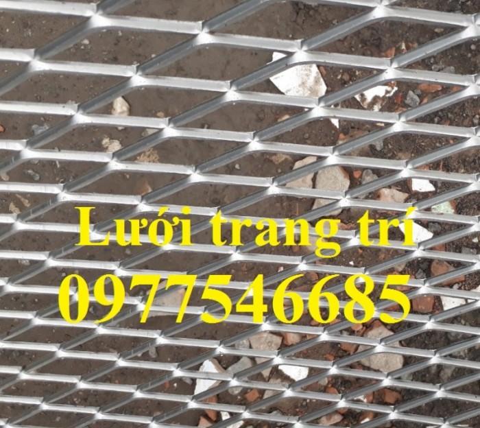 Lưới hình trám, lưới thép dập giãn, lưới thép hình thoi hàng có sẵn8