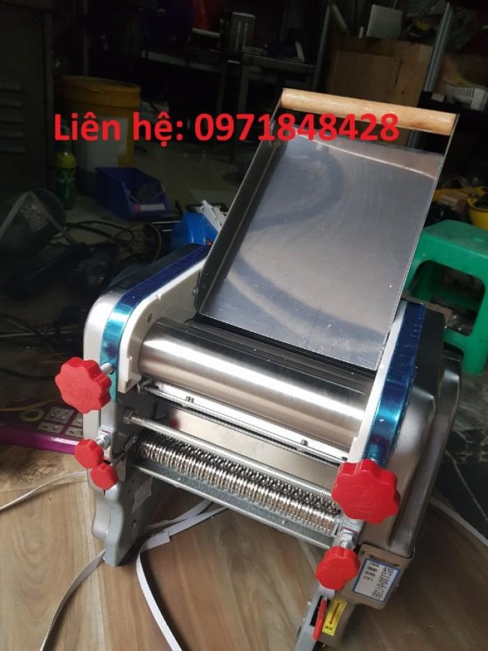 Máy cán bột làm vỏ bánh gối, máy cán bột bánh canh, máy cán và cắt bánh canh1