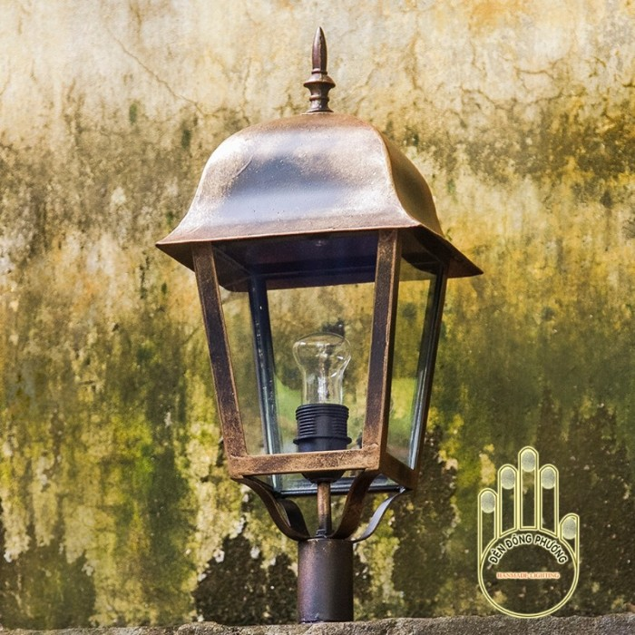 Mẫu đèn trụ đứng cổ điển Đèn Đông Phương3