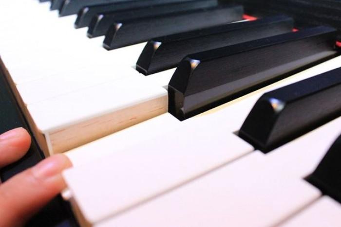 ĐÀN PIANO YAMAHA CLP 685 CHÍNH HÃNG - KHÁT VỌNG MUSIC