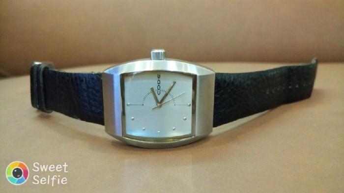 Đồng hồ quartz Nam độc lạ .0