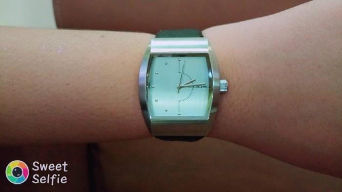 Đồng hồ quartz Nam độc lạ .4