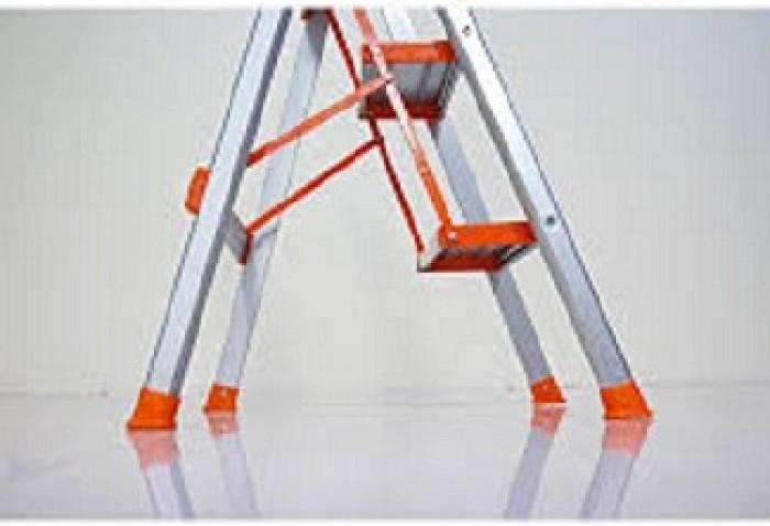 Chân thang, kết cấu chân thang ghế inox 3 bậc1