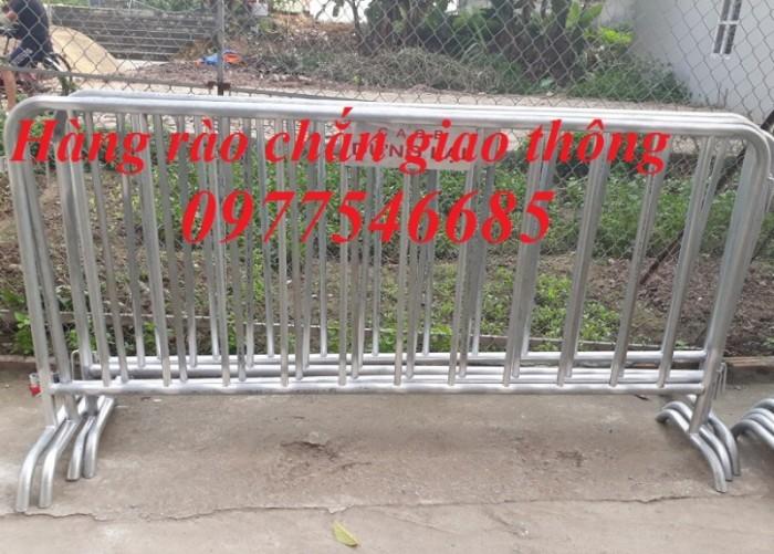 Hàng rào chắn giao thông - Khung hàng rào di chuyển2