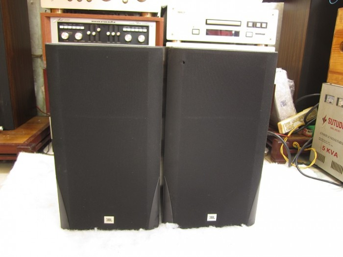 LOA JBL TLX 1300