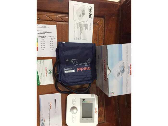 Máy đo huyết áp chính hãng nhập từ châu Âu2