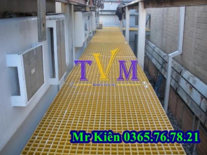 Tấm sàn dùng làm lối đi trên mái nhà xưởng7