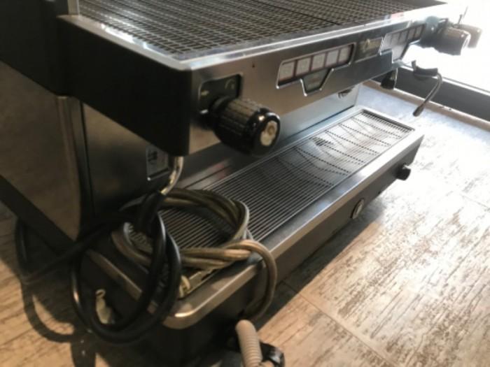 Máy pha cà phê cũ Lacimbali 1