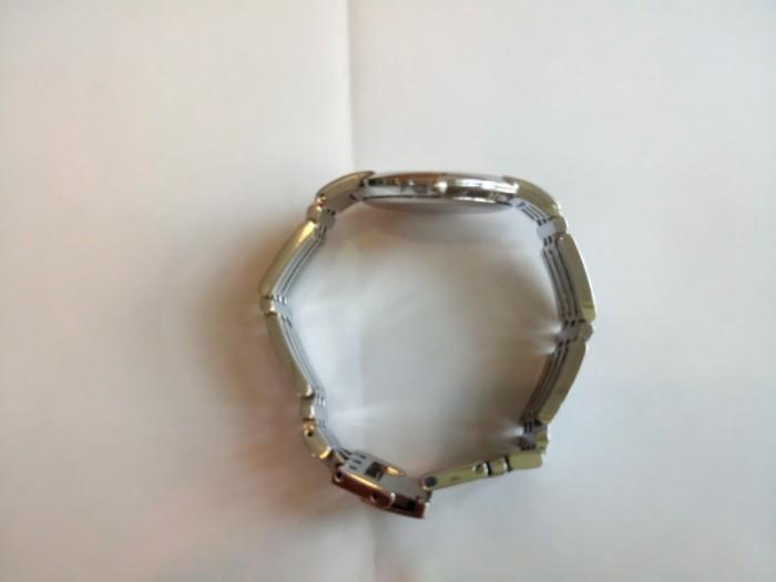 Đồng hồ Movado chính hãng Thụy Sỹ .1