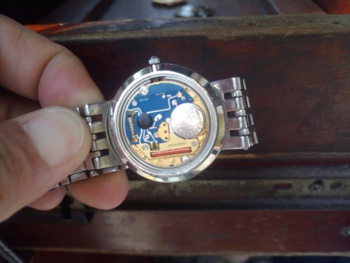 Đồng hồ Movado chính hãng Thụy Sỹ .4