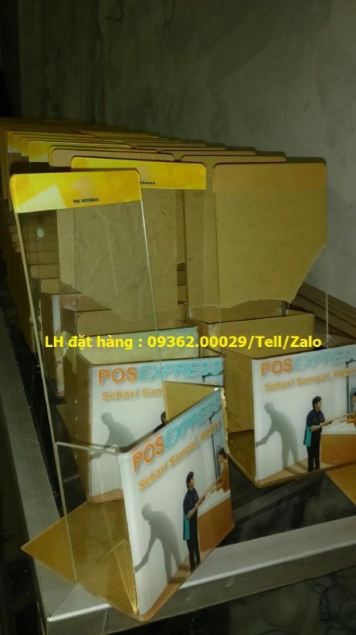 Tổng hợp các mẫu kệ đựng tờ rơi , kệ đựng tài liệu được sản xuất nhiều tại QU13