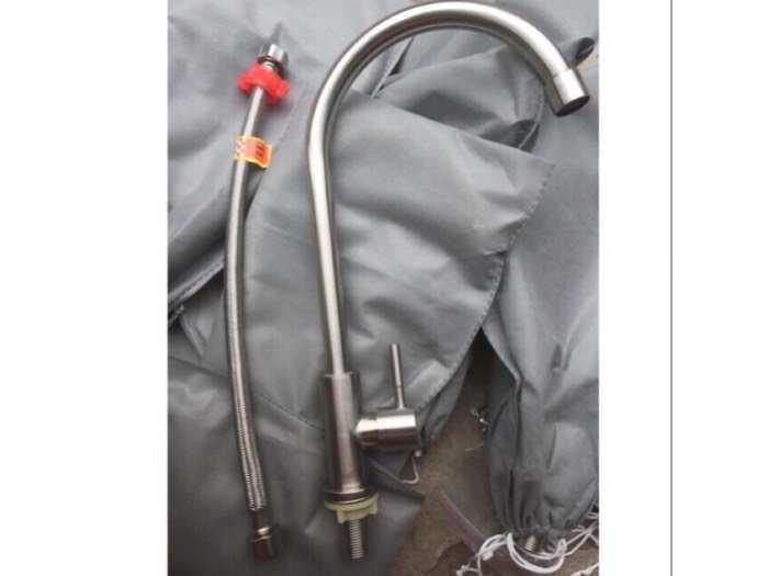 Vòi rửa bát inox 304  + dây cấp